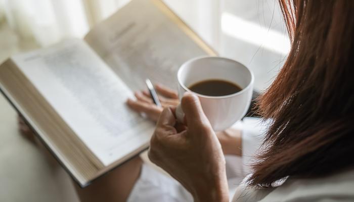 Blog-Solucionweb-Cinco-libros-que-todo-marketer-debe-tener-en-su-biblioteca-uno-nuevo