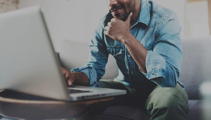 Blog-Solucionweb-Como-convertir-a-los-visitantes-de-mi-sitio-web-en-clientes-cover