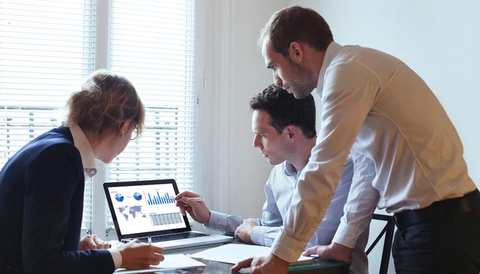 Blog-Solucionweb-Como-hacer-marketing-para-instituciones-financieras-todo-lo-que-debes-saber-uno-nuevo