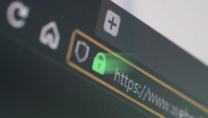 Blog-Solucionweb-Cumple-los-requisitos-de-Google-instala-un-certificado-de-seguridad-SSL-tres