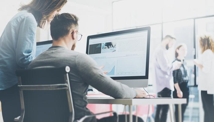 Blog-Solucionweb-Diferencias-entre-una-agencia-de-publicidad-y-una-de-marketing-dos