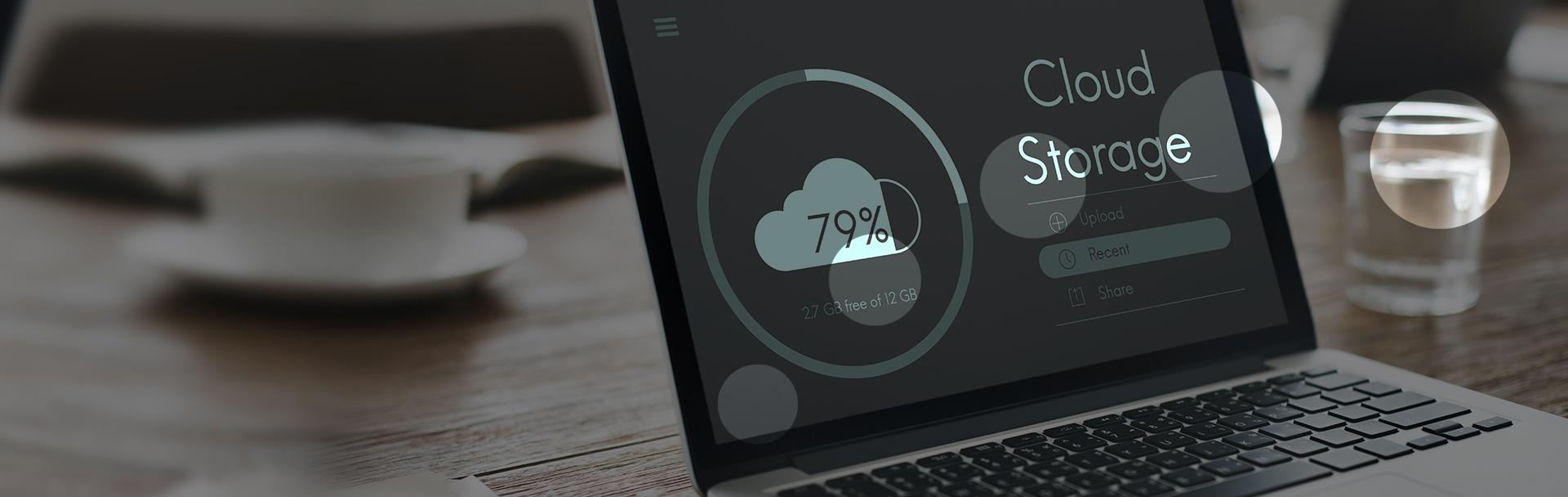 solucionweb-blog-banner-Adios-al-disco-duro-Es-hora-de-almacenar-tu-informacion-en-la-nube.jpg